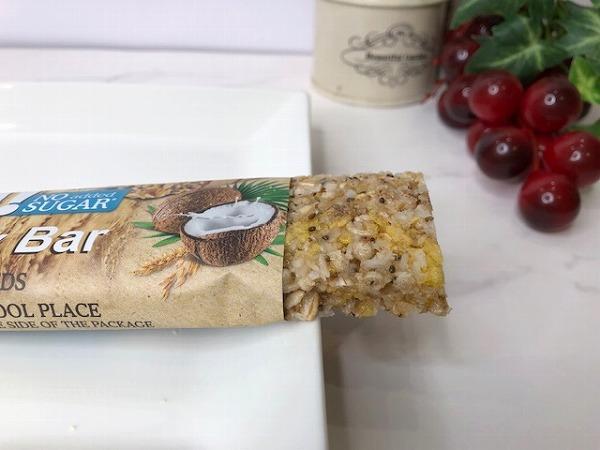 ココナッツ&チアシード:40g58円