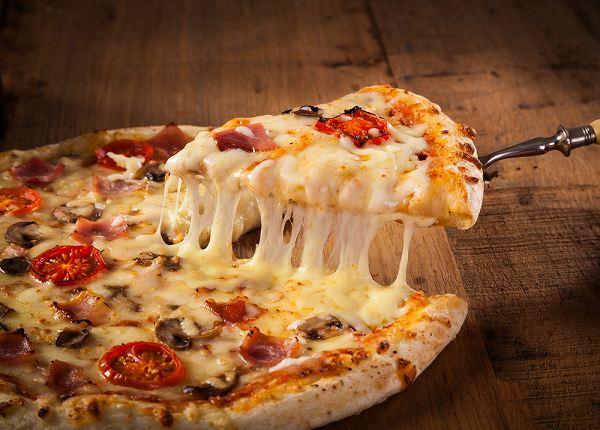2位 ナポリタンピザ