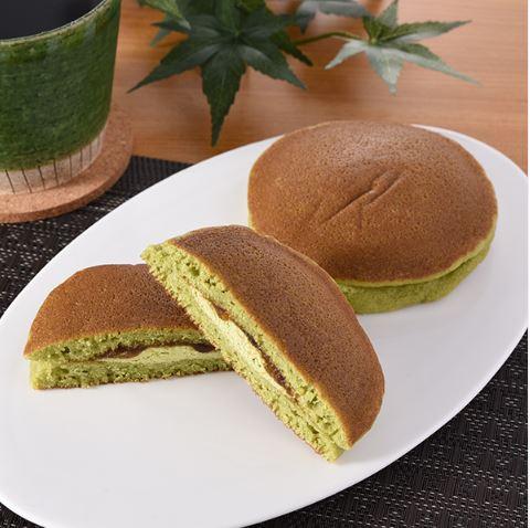 厳選おすすめ抹茶のパンケーキ(黒みつ)