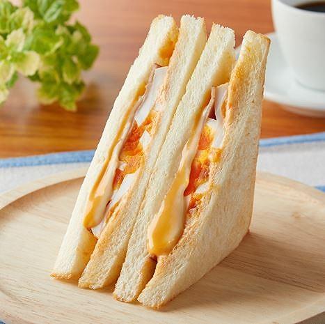 HOTサンド ハムエッグ&明太チーズソース