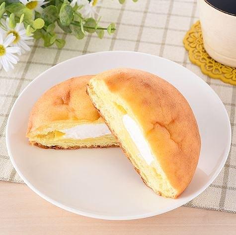 やわらかシュークリームパン
