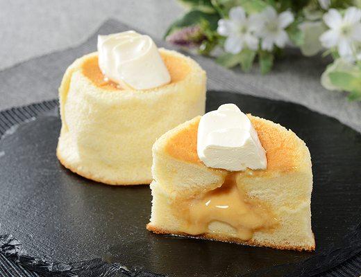 Uchi Café Spécialité 3種のバター華ふわケーキ(焦がしバターソース入り)