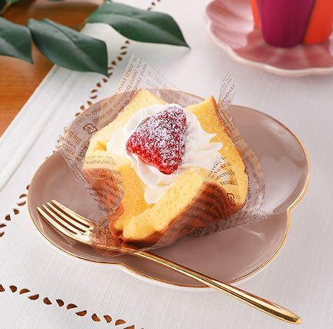 いちごのふわふわケーキ