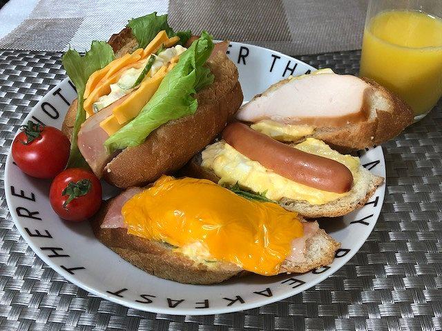 とろ~りチーズとバケットで朝食