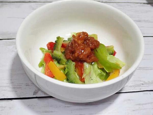 野菜炒めと肉味噌