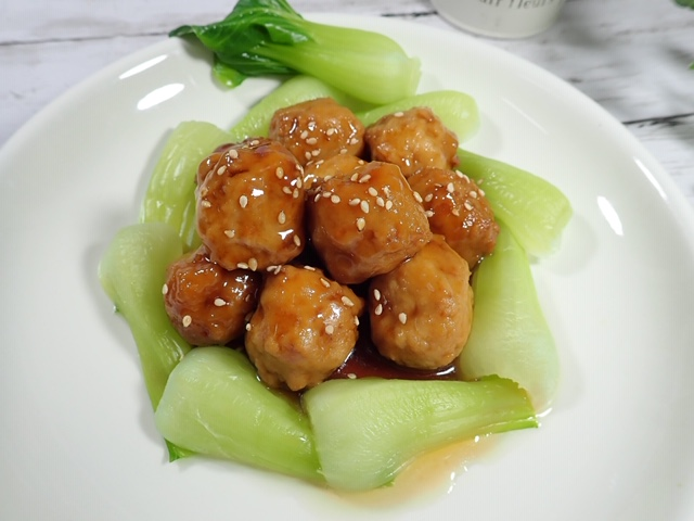 青梗菜と肉団子