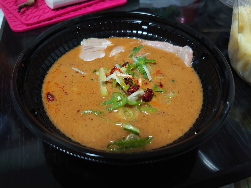 とみ田監修 濃厚豚骨魚介 冷しW焼豚つけ麺 スープ