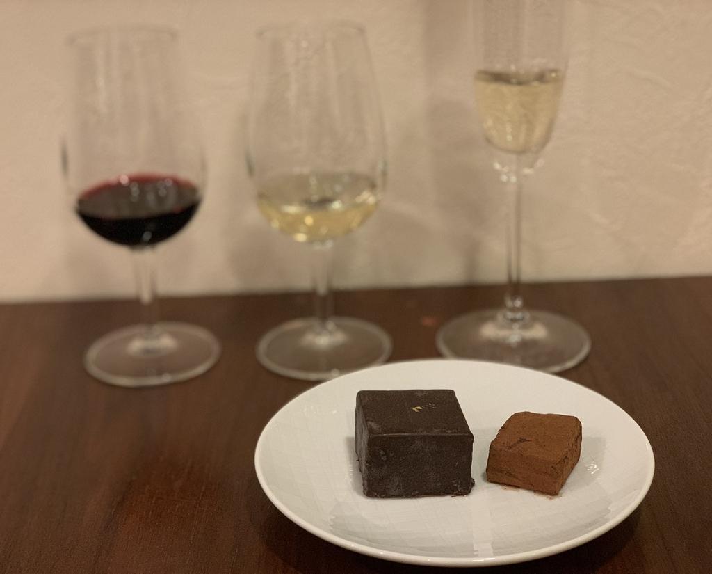 チョコとワインの相性