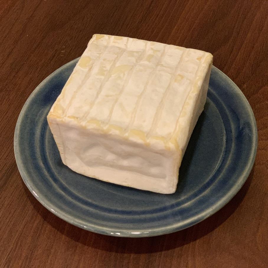 パヴェ・ダフィノア 白カビチーズ