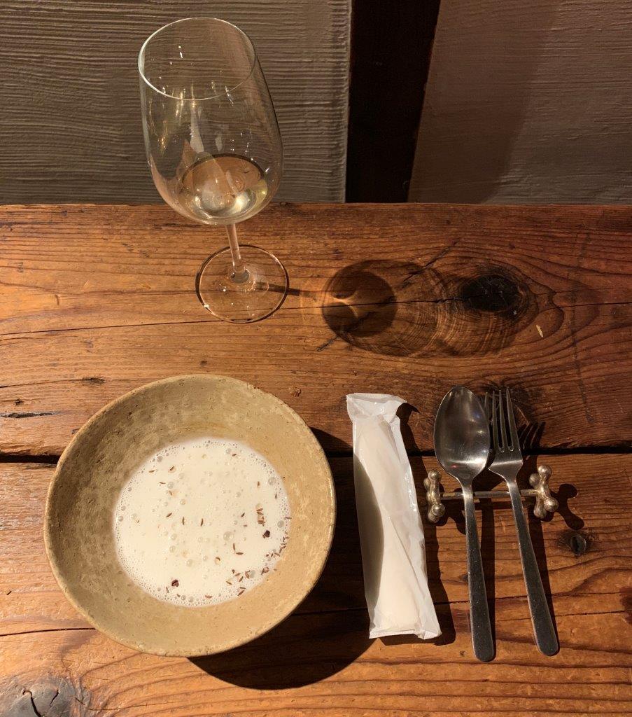f:id:wine_cheese:20190820073101j:plain