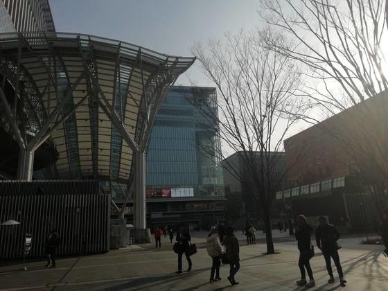 博多駅 マルイ モトックスワールドワインフェスティバルの行き方