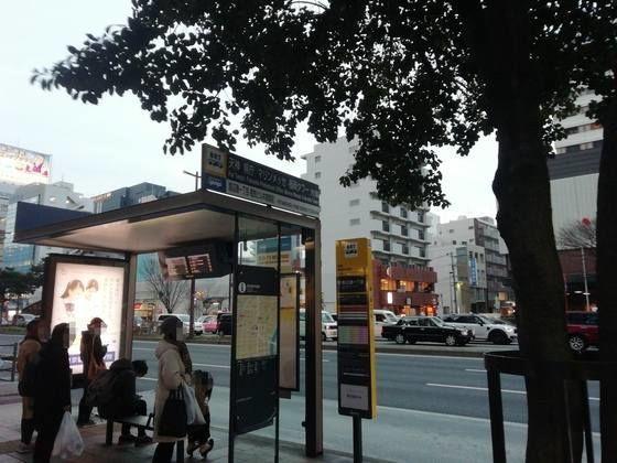 バス停 渡辺通り1丁目 モトックスワールドワインフェスティバルの行き方