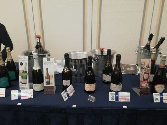 モトックスワールドワインフェスティバル シャンパンブース