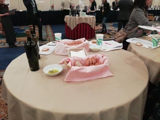 モトックスワールドワインフェスティバル テーブル