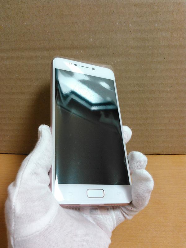ZenFone 4 Max (ZC520KL)(ローズピンク)表