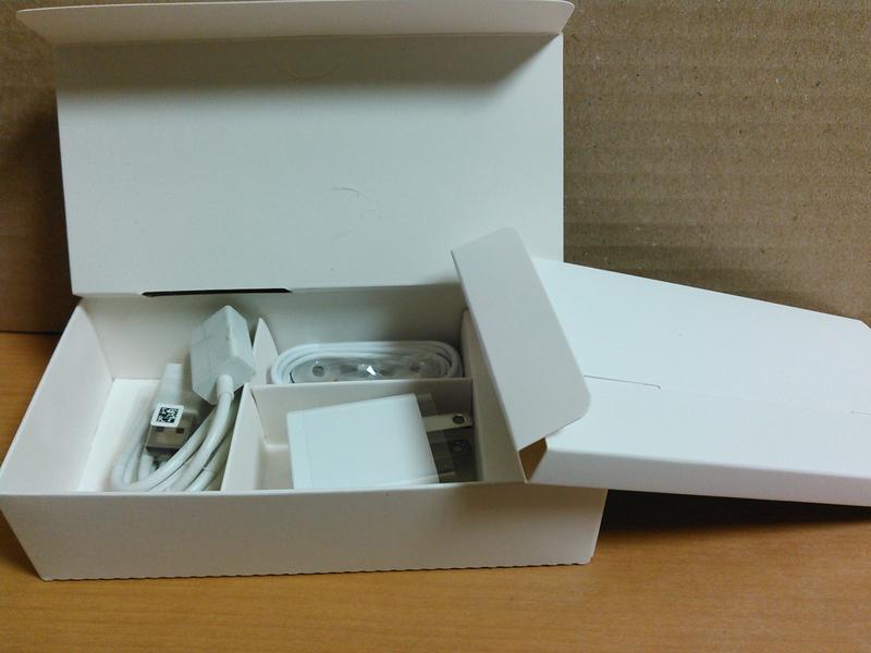 ZenFone 4 Max (ZC520KL)(ローズピンク)付属品
