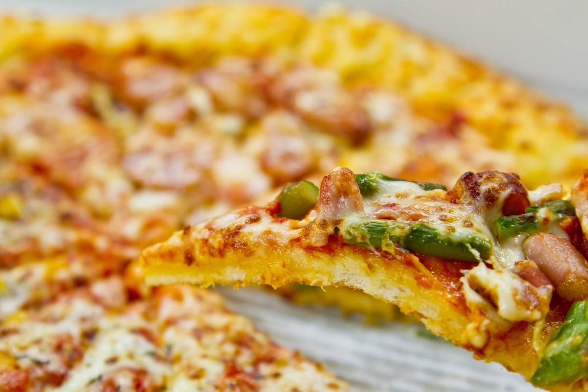 一切れのピザのフリー画像(写真)