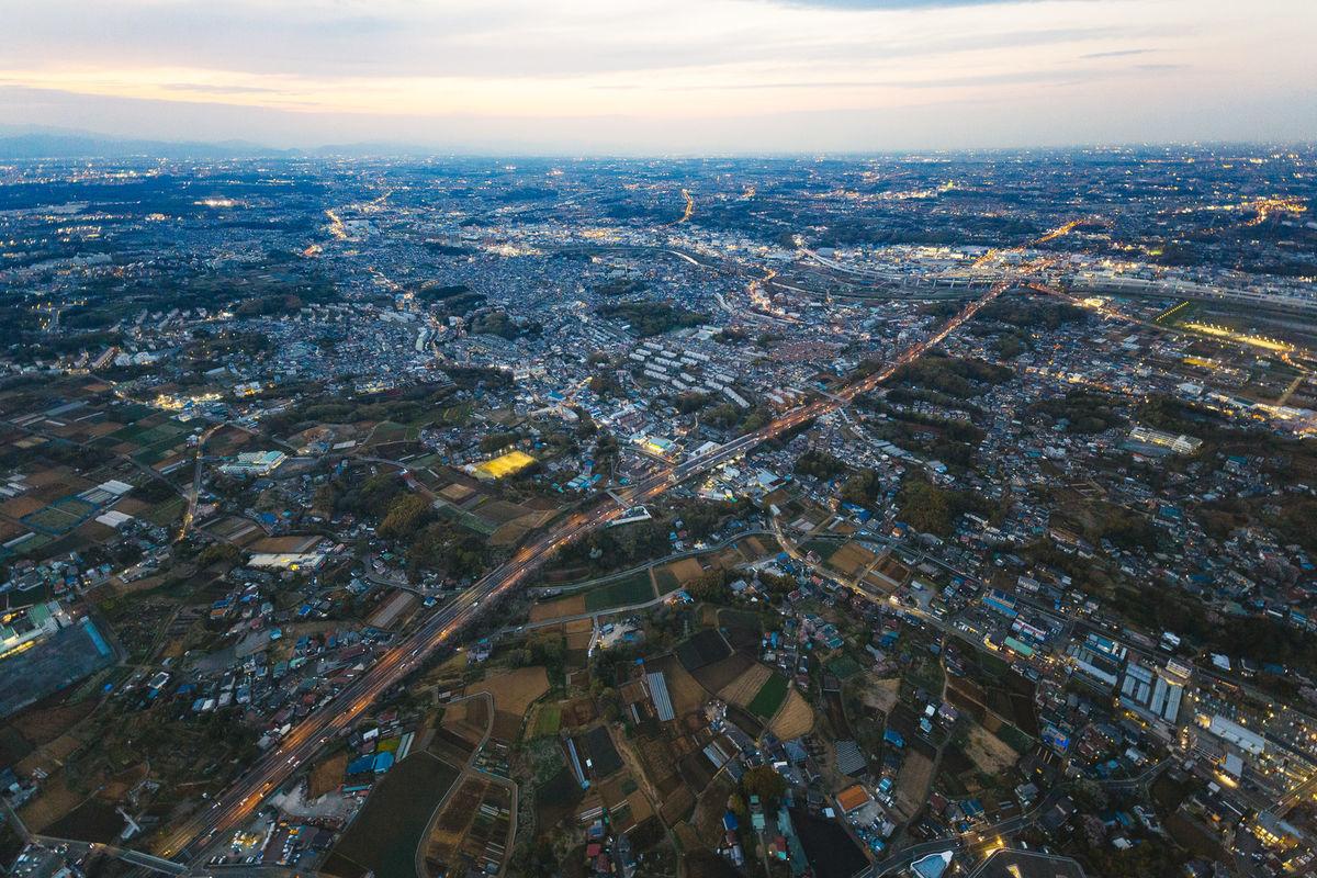 上空から撮影した高速道路の写真素材