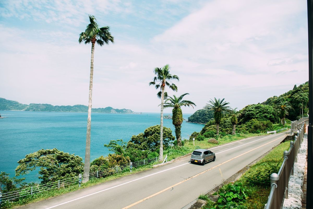 海沿いドライブの写真素材