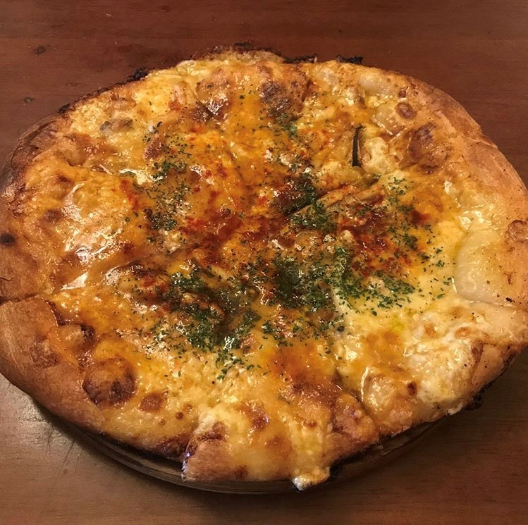 青森市シャルムの海の幸ピザ