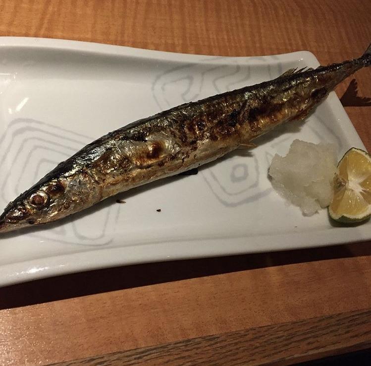 むつ市魚民、さんまの焼魚