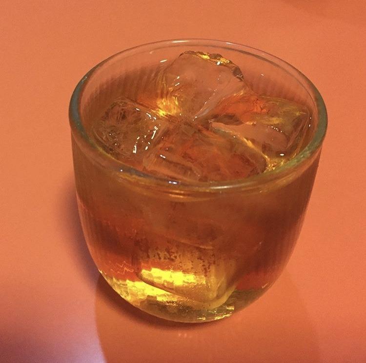 むつ市、龍虎殿の中国果実酒アンズ酒