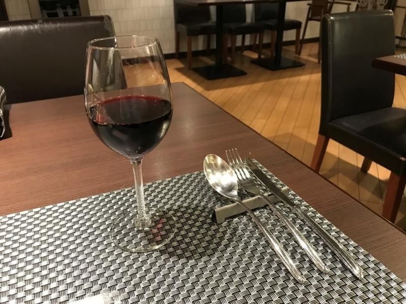 むつ市ラ・テーラ、グラスワイン