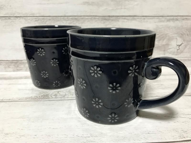 100円ショップのコーヒーカップ