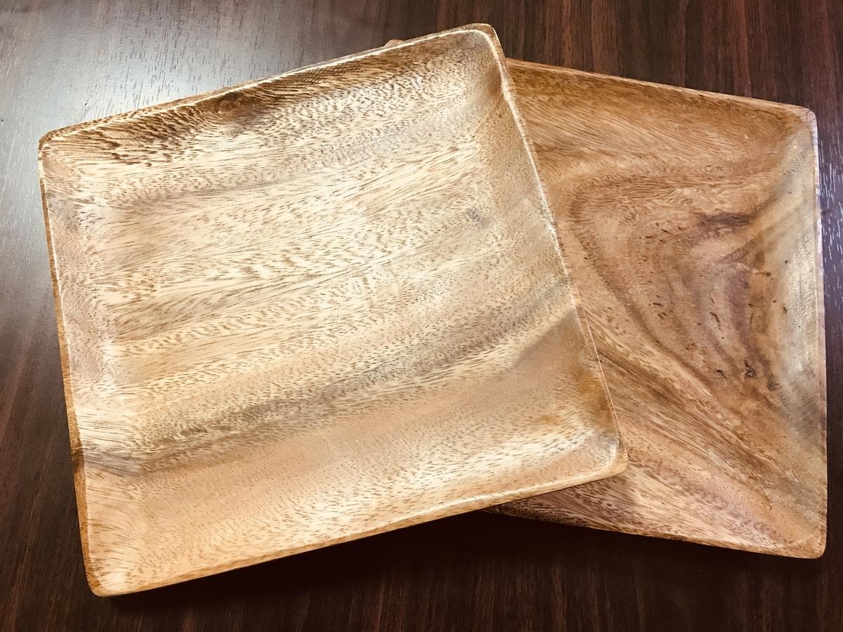 ニトリの天然木の皿プレート