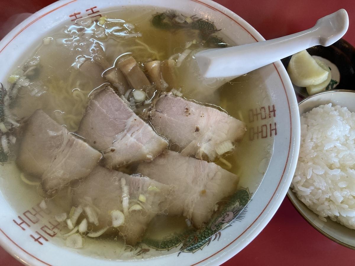 むつ市、福士ラーメンの塩チャーシュー麺