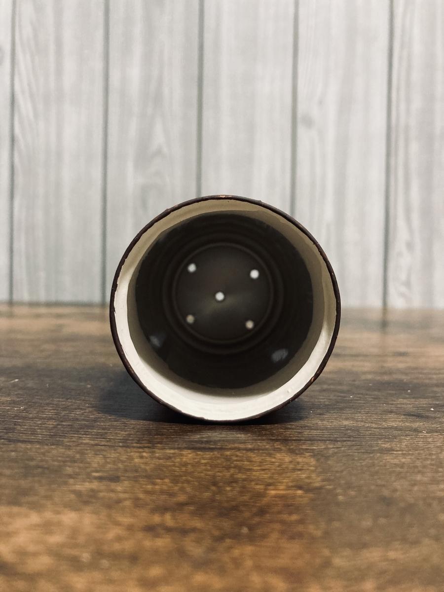リメ缶の内面