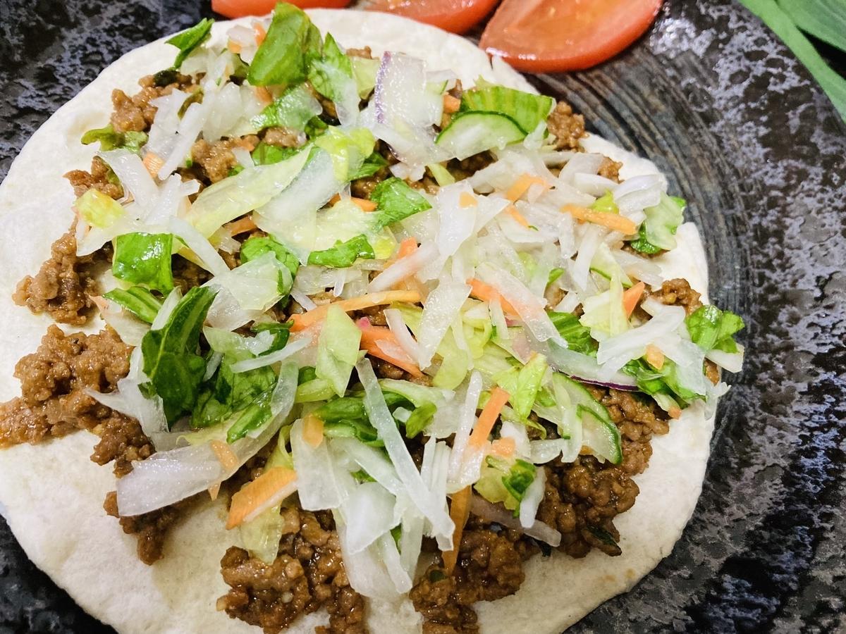 手作り、メキシコ料理タコス