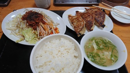 2017/9/15 夜 野菜炒め定食@台湾ぎょうざ