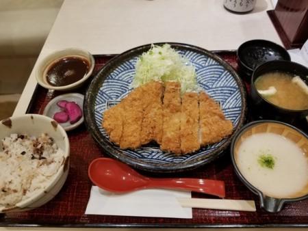 2018/05/01 夜 とんかつ定食@とろ麦