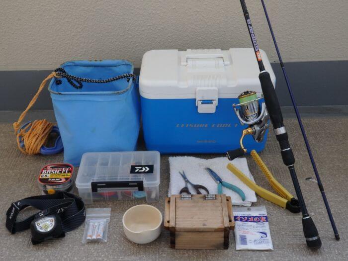 虫ヘッド釣法でメバルを釣るときに持って行く釣り道具の写真