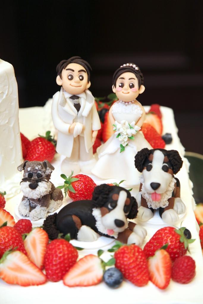 家族婚演出 ウエディングケーキ 飾り