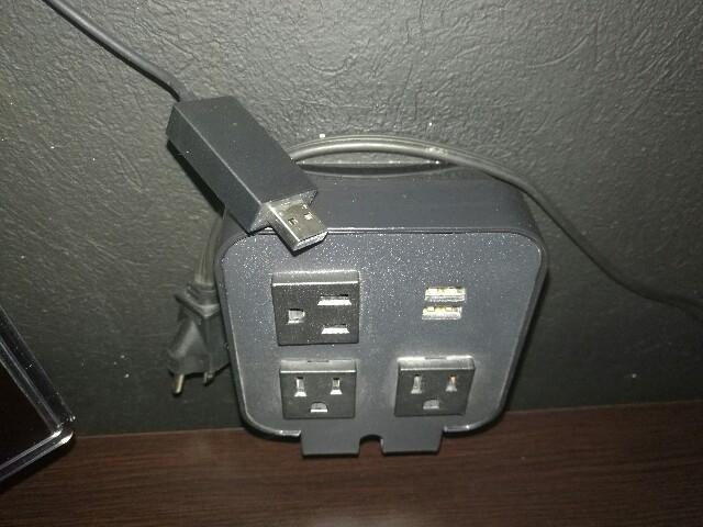 ワイヤレスディスプレイアダプター