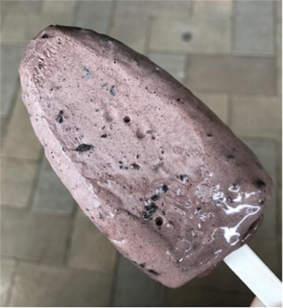 セブンイレブン レビュー 黒くておおすぎ~。やりすぎクッキーダークチョコアイスバー