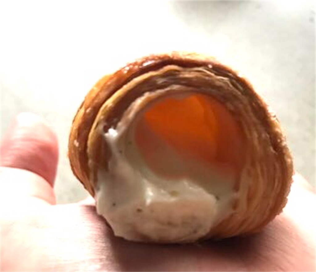 ローソン パイコロネ 塩バニラホイップ
