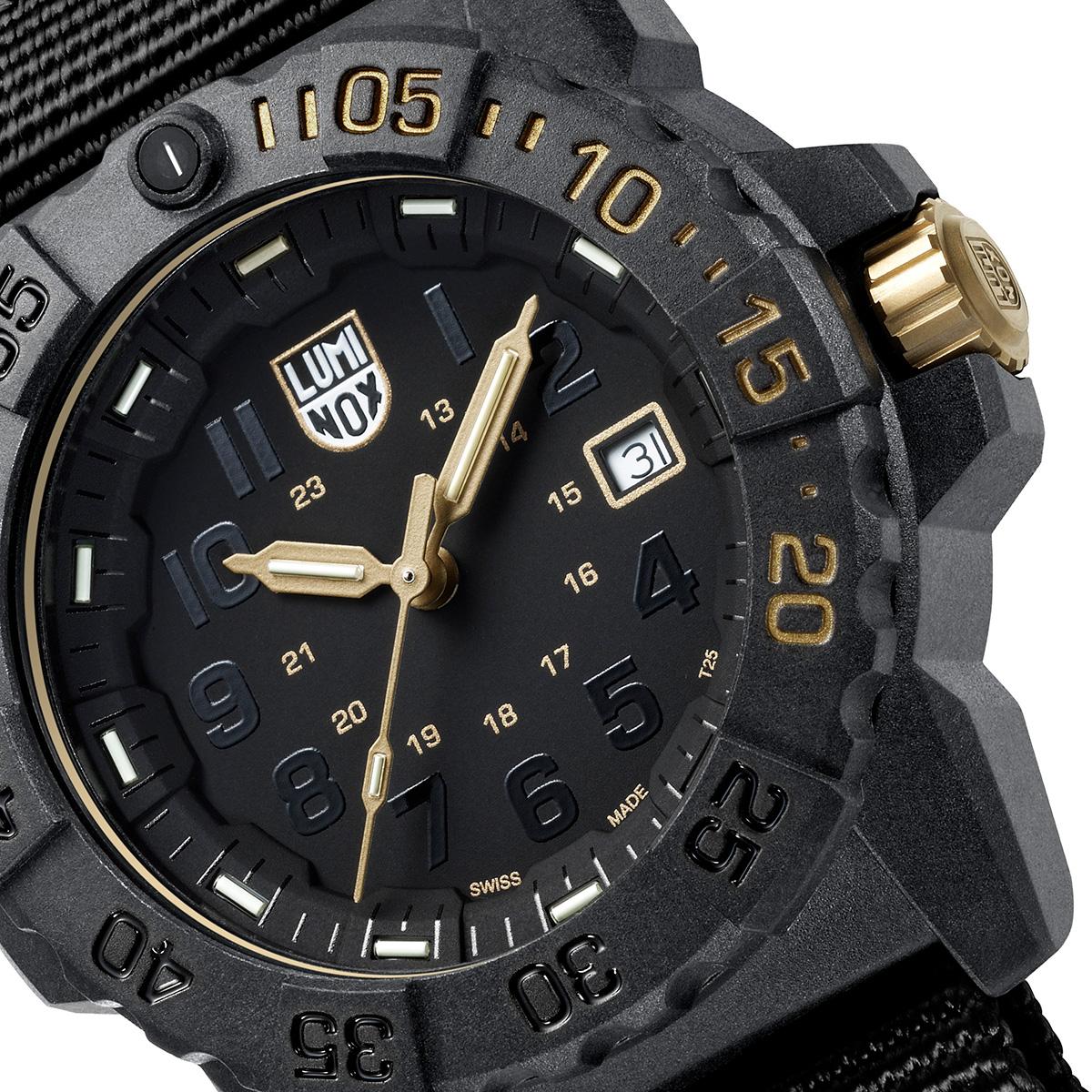 https://luminox.jp/watch-collection/sea/navy-seal-3500-series-ref-3501-gold-set/