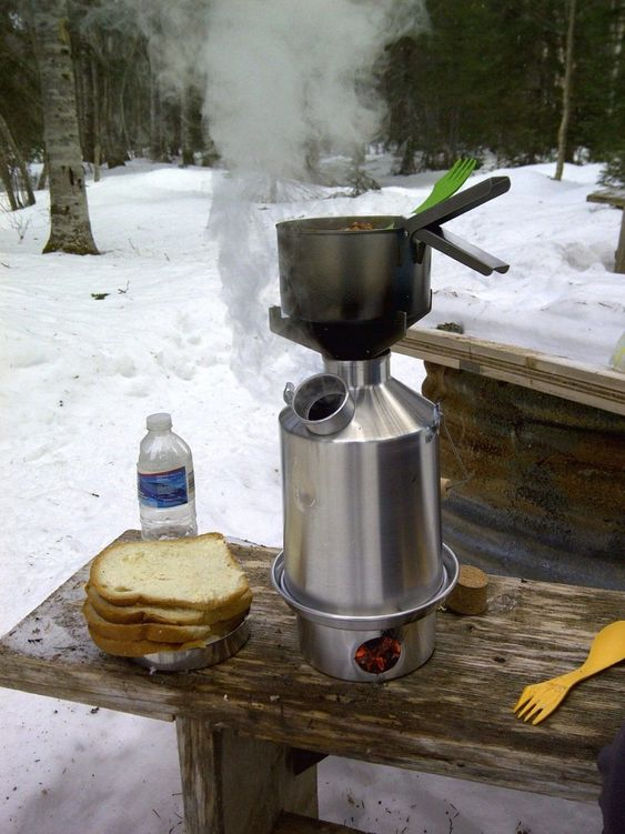 https://www.getoutwiththekids.co.uk/camping/camping-tips/kelly-kettle/