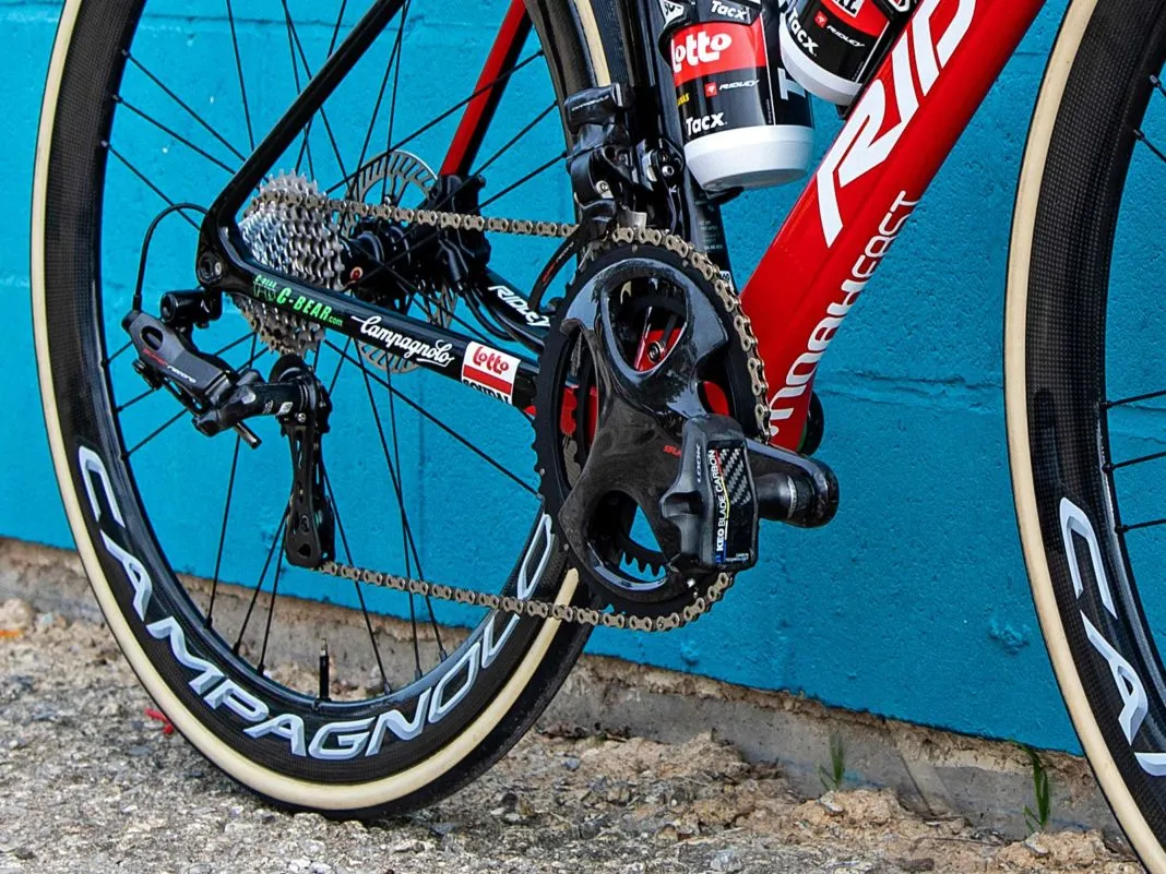 https://bikerumor.com/2020/01/03/spotted-is-lotto-soudal-training-on-prototype-campagnolo-super-record-power-meter/