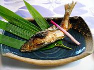 清泉亭の鮎塩焼き