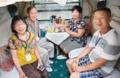 中国・西安発シルクロードの旅、専用列車「長安号」が出発