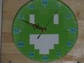 [学校]初トーコー うごメモカエルの電波時計