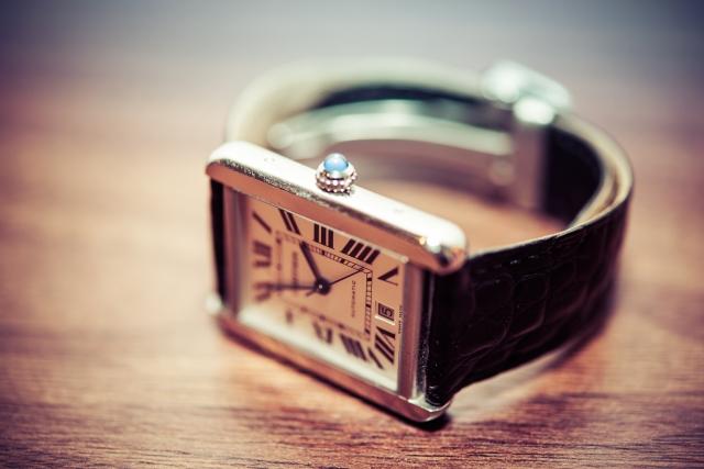 カルティエの腕時計の写真