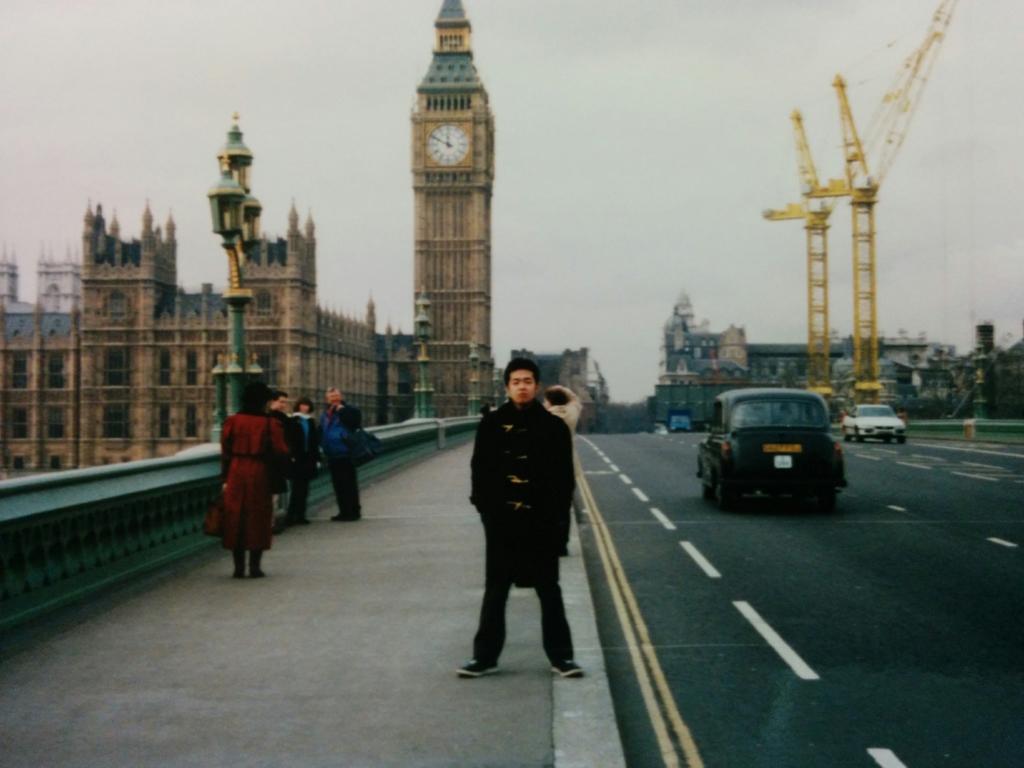 ロンドンにあるビッグベンの写真