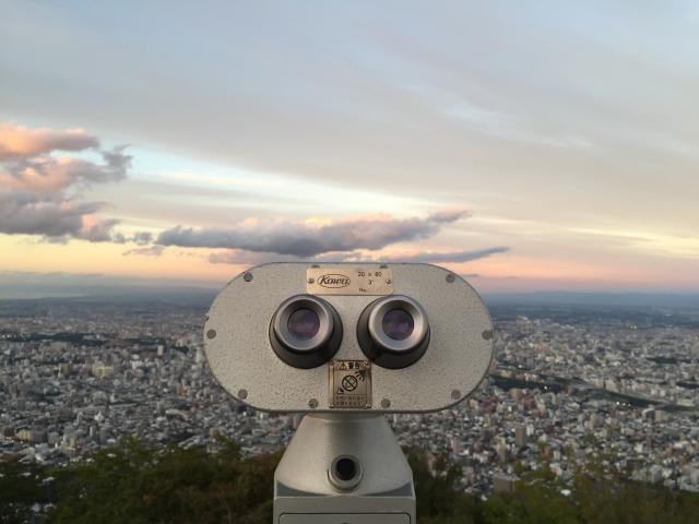 展望台にある望遠鏡の写真