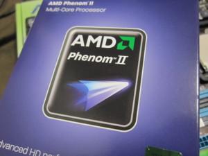 AMDのPhenomII X4 945の箱