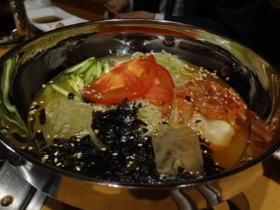 本八幡の「焼肉 栄」の冷麺